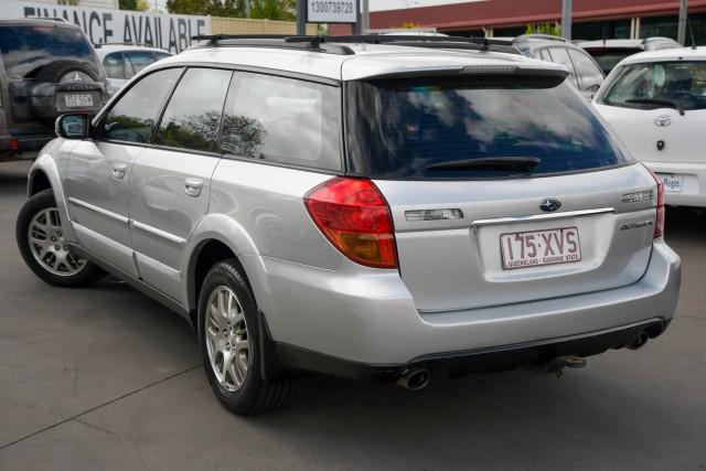2003 MY04 Subaru Outback 3GEN Image 3