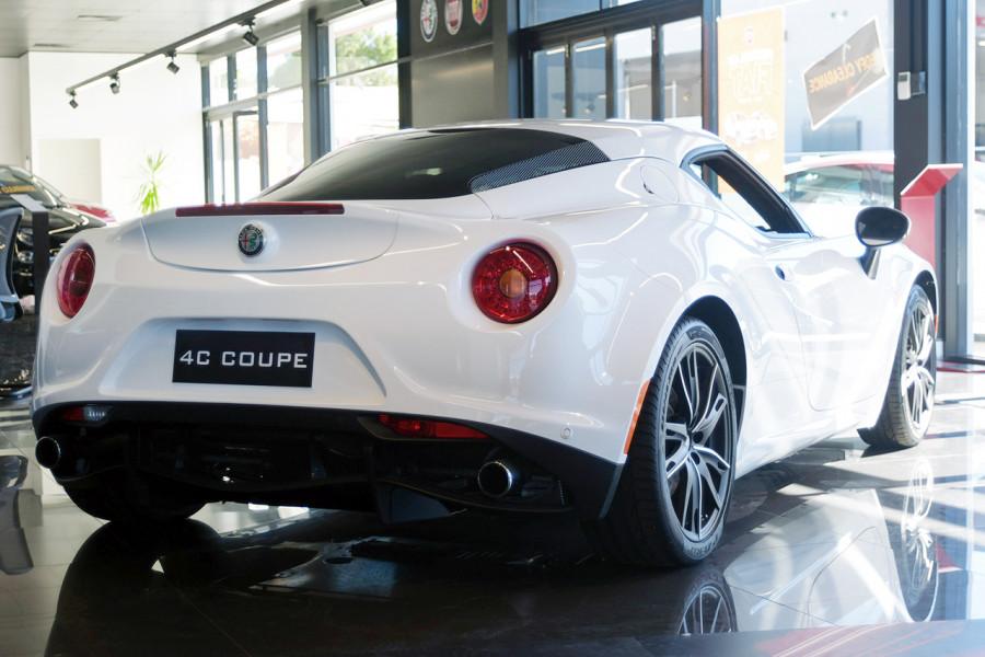 2018 MY17 Alfa Romeo 4C Series 1 Coupe Coupe Mobile Image 6
