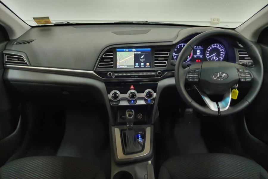 2018 MY19 Hyundai Elantra AD.2 Active Sedan Image 4