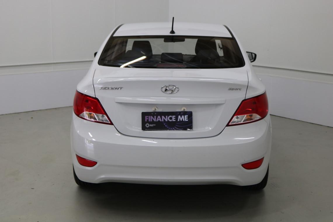 2018 MY19 Hyundai Accent RB6 MY19 SPORT Sedan Image 15