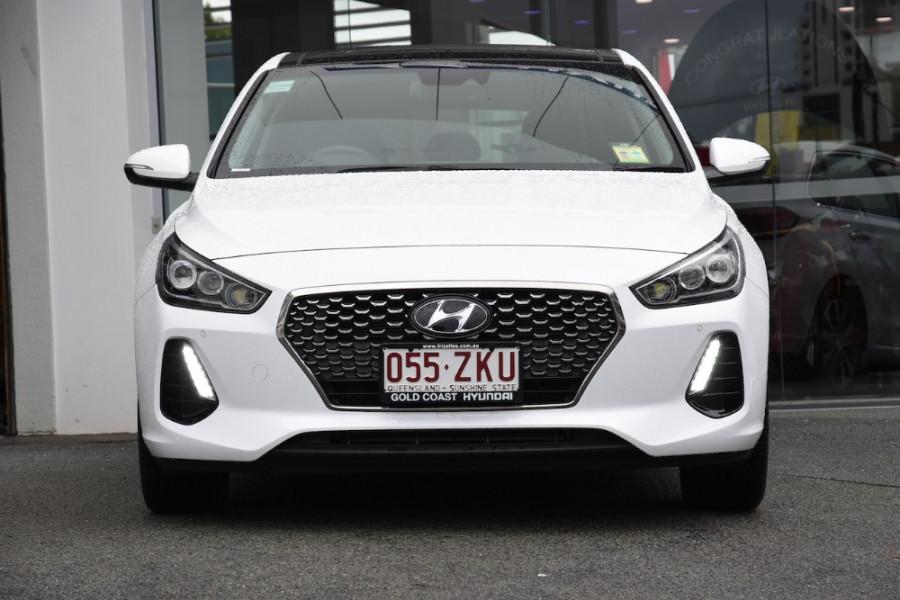 2019 Hyundai i30 PD2 Premium Hatchback Image 2