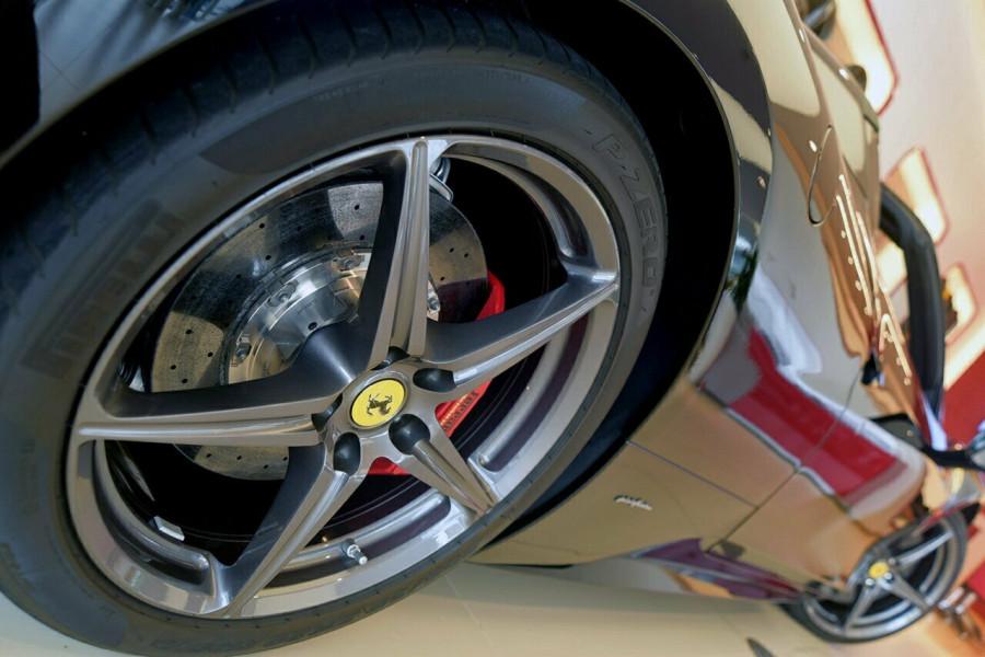 2012 Ferrari 458 Spider F142 F142 Convertible Mobile Image 17