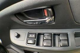 2012 Subaru XV G4-X 2.0i-L Suv Image 4