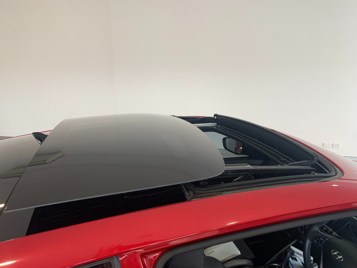 2017 Hyundai Veloster FS5 Series II SR Hatchback Image 18