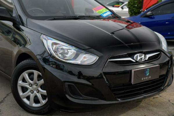 2011 Hyundai Accent RB Active Hatchback Image 2