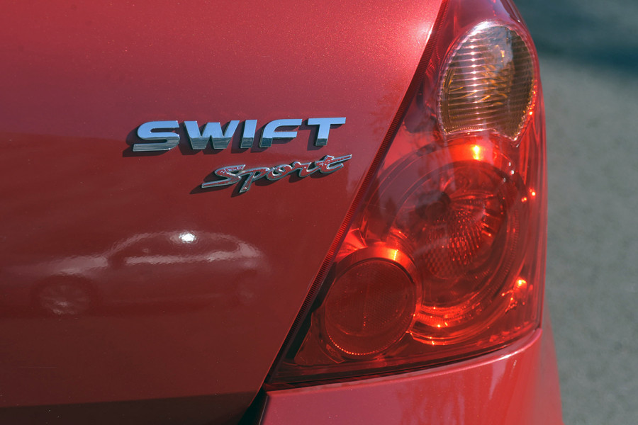 2006 Suzuki Swift RS416 Sport Hatchback Mobile Image 6