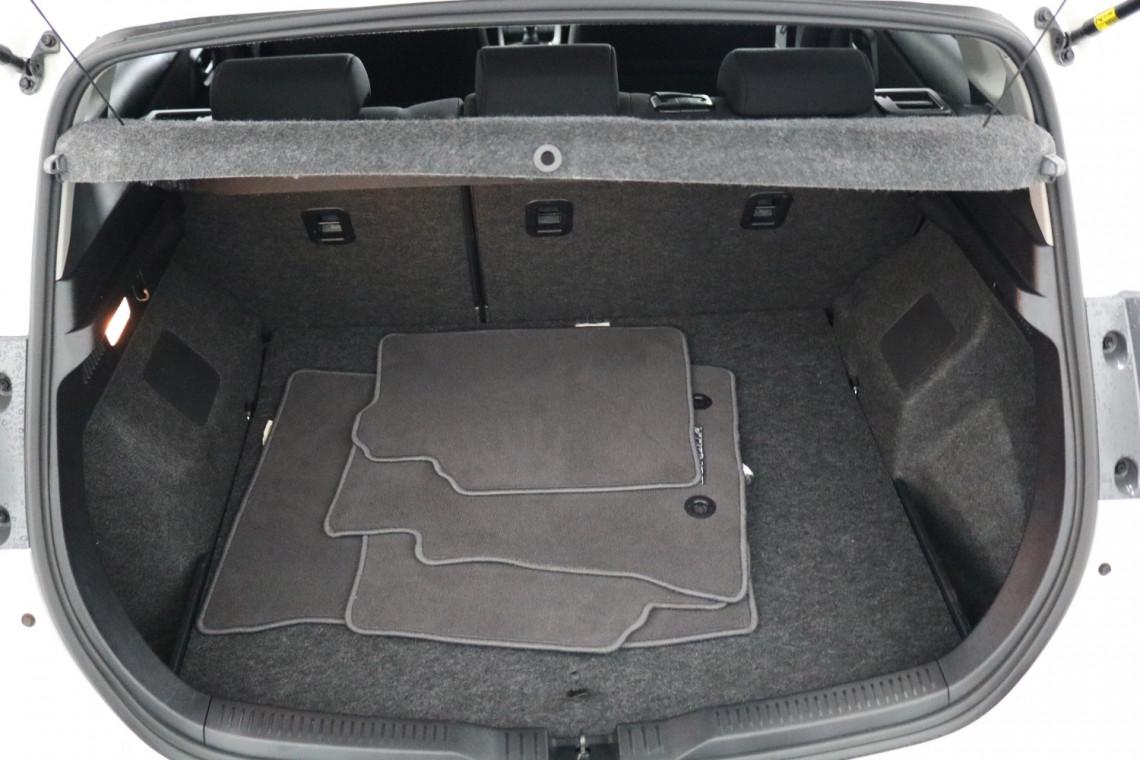 2016 Toyota Corolla ZRE182R ASCENT SPORT Hatchback Image 6