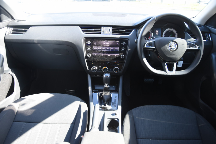 2019 Skoda Octavia NE Sedan Sedan Image 8