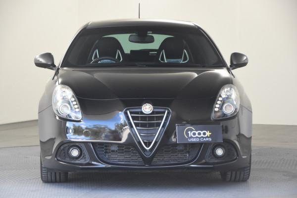 2015 Alfa Romeo Giulietta Vehicle Description.  1 Quadrifogl Hatch 5dr TCT 6sp 1.8T Quadrifoglio Verde Hatchback Image 2