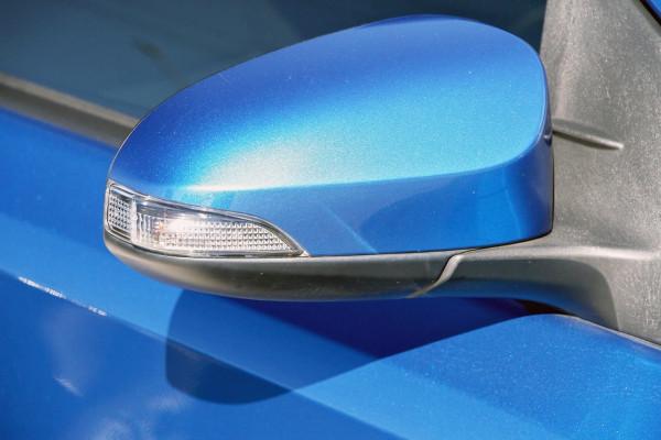 2013 Toyota Corolla ZRE182R Ascent Sport Hatchback image 15