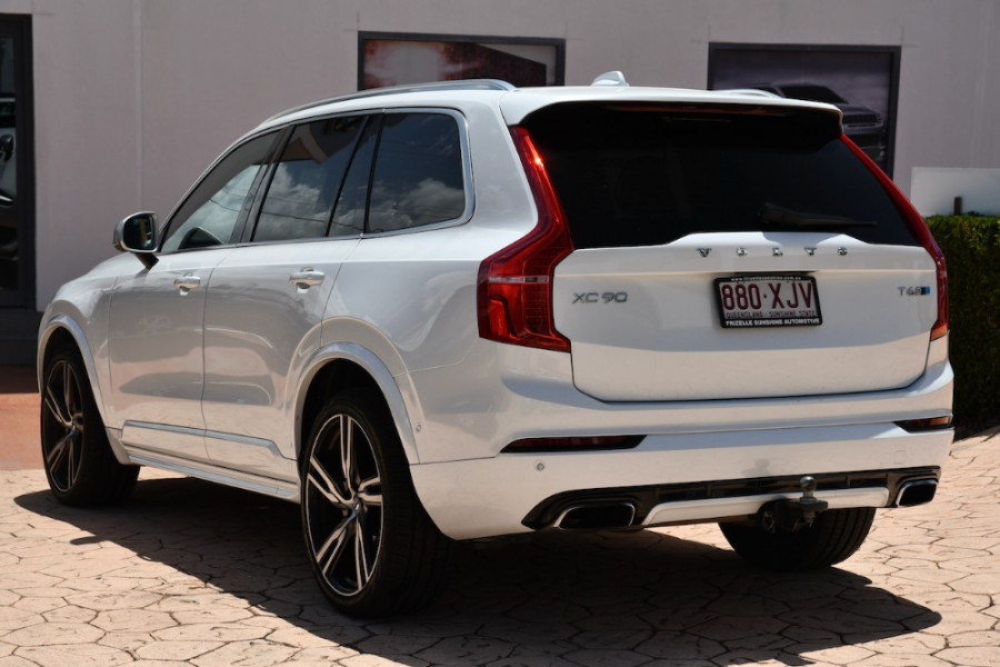 2017 Volvo XC90 Vehicle Description. L  MY17 T6 R-DESIGN WAG GEAR 8SP 2.0TSC T6 Suv Image 3