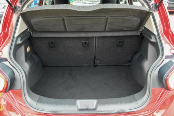 2016 Nissan Pulsar C12 Series 2 ST Hatchback Image 4