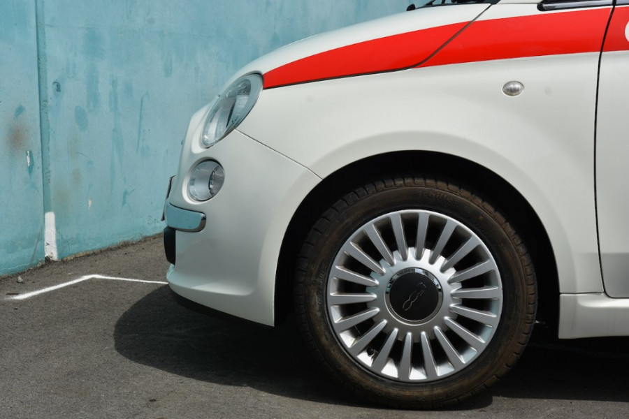 2008 Fiat 500 Vehicle Description.  1 Pop Hatchback 3dr Man 6sp 1.4i Pop Hatchback Image 5
