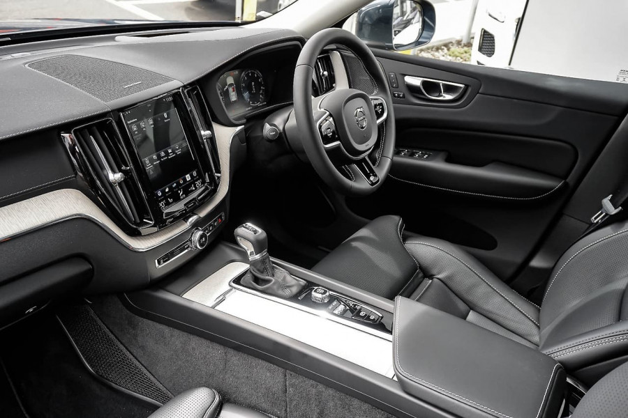 2019 MY20 Volvo XC60 UZ T5 Inscription Suv Mobile Image 6