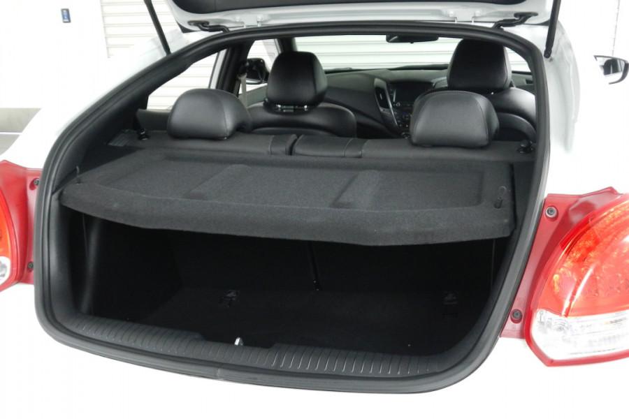 2016 Hyundai Veloster FS4 Series II SR Hatchback Mobile Image 19