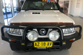 2004 MY05 Nissan Patrol GU IV MY05 ST Suv Image 2