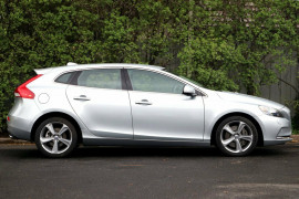 Volvo V40 D4 Adap Geartronic Luxury M Series MY13