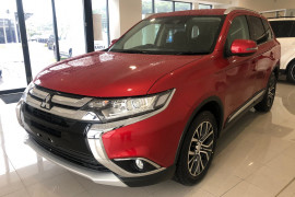2016 MY17 Mitsubishi Outlander ZK MY17 LS Suv Image 3