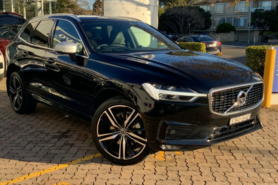 2018 MY19 Volvo XC60 246 MY19 D5 R-Design (AWD) Suv Mobile Image 1