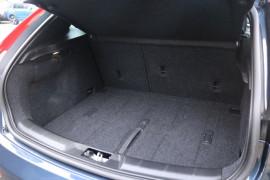 2016 Volvo V40 (No Series) MY17 D4 Inscription Hatchback