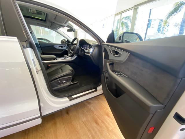 2019 Audi Q8 4M MY19 55 TFSI Suv Image 11