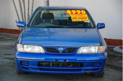 1999 Nissan Pulsar N15 S2 Q Hatchback Image 3