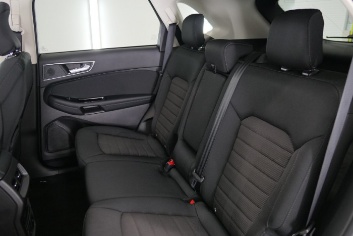 2018 MY19 Ford Endura CA Trend Suv Image 15