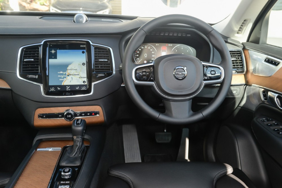 2018 Volvo XC90 L Series D5 Inscription Suv Mobile Image 7