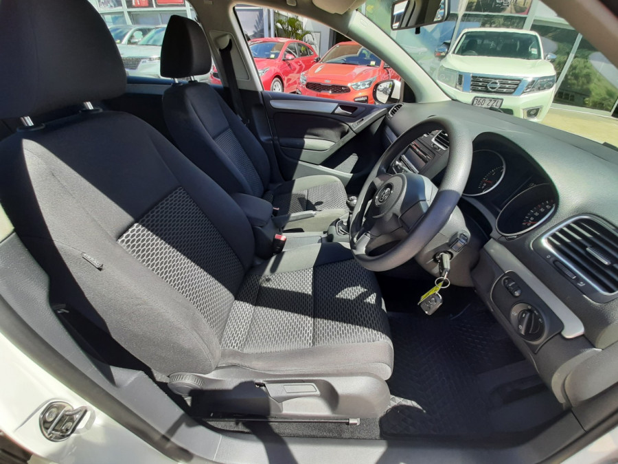 2011 MY12 Volkswagen Golf VI  77TSI Hatchback Image 10