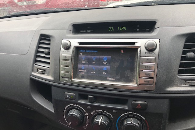 2014 Toyota HiLux KUN16R  SR Utility Image 2