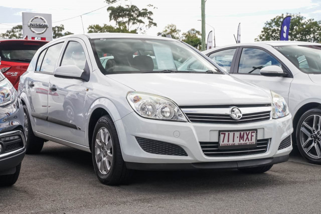 2008 Holden Astra AH MY08.5 60th Anniversary Hatchback Image 1