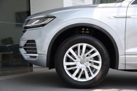 2019 MY20 Volkswagen Touareg 190TDI 3.0L 8Spd Auto Suv Image 5