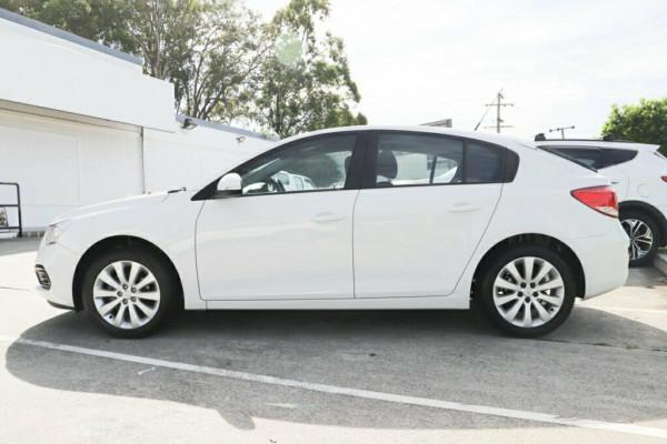 2016 Holden Cruze JH Series II MY16 Equipe Hatchback Image 3