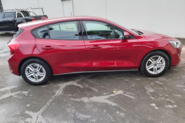 2019 MY19.75 Ford Focus SA  Ambiente Hatchback Mobile Image 7