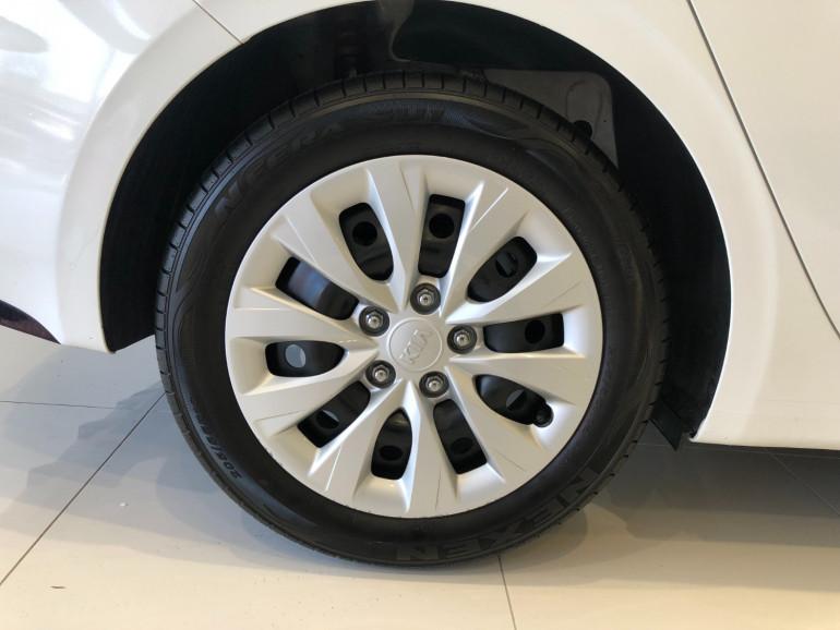 2019 Kia Cerato BD S Hatchback Image 14