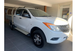2014 Mazda BT-50 UP0YF1 Cab chassis Image 2