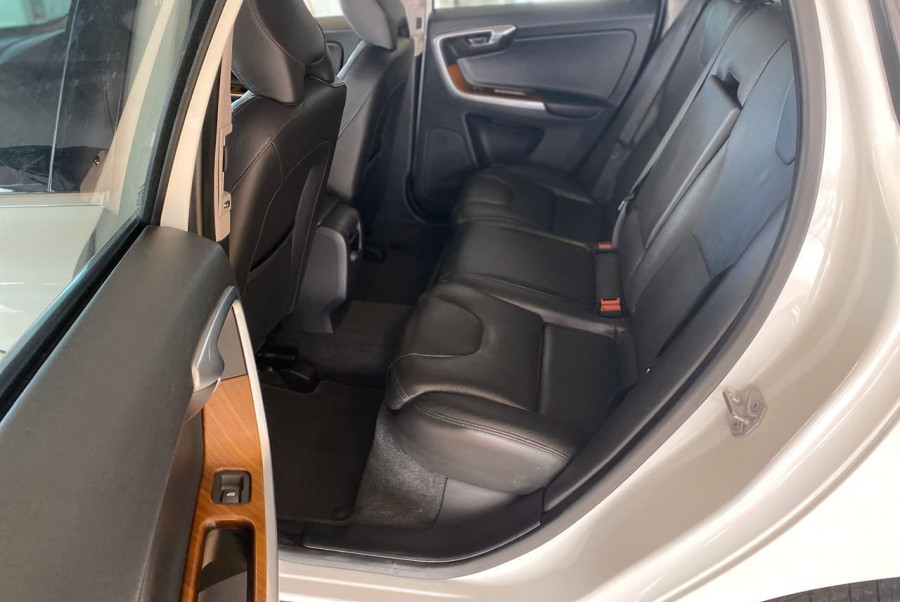 2016 Volvo XC60 (No Series) MY16 D4 Luxury Suv