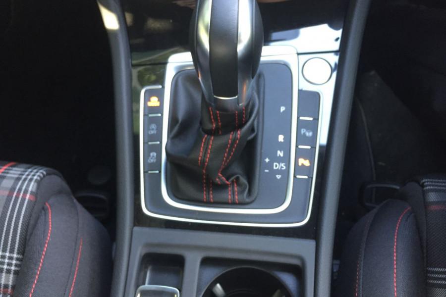 2019 Volkswagen Golf 7.5 GTi Hatchback Image 13