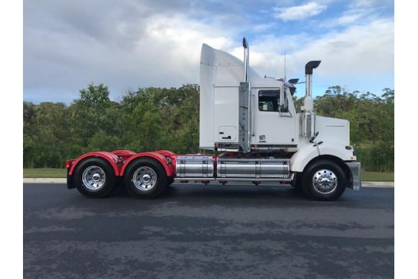 2021 Western Star 4864FXB DD15 Hydraulic truck crane Image 3