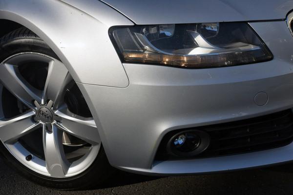 2010 Audi A4 B8 8K MY10 Sedan Image 2