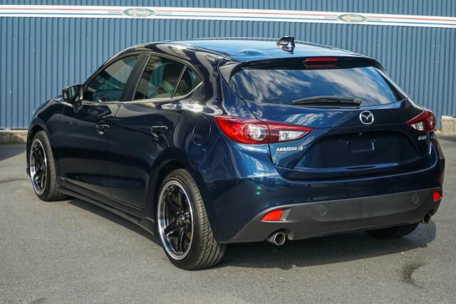 2013 Mazda 3 BM Series SP25 Astina Hatchback Image 2