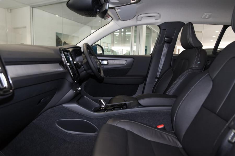 2020 Volvo XC40 XZ T4 Inscription Suv