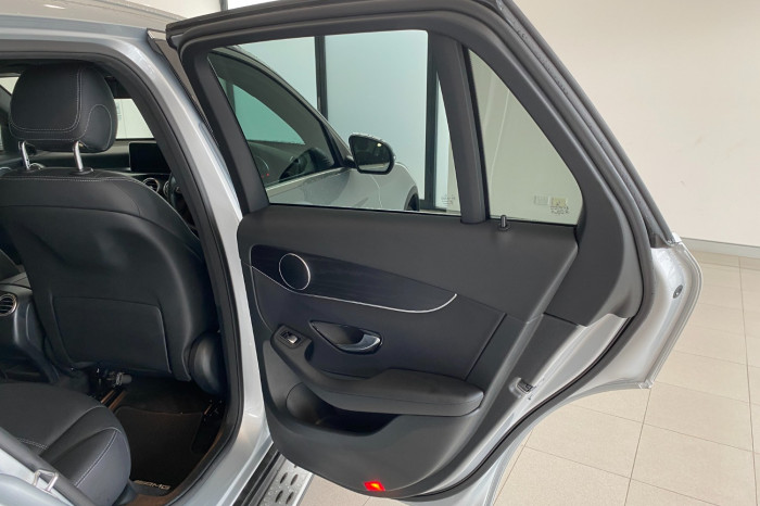 2017 Mercedes-Benz C Class X253 808MY GLC250 Wagon Image 7