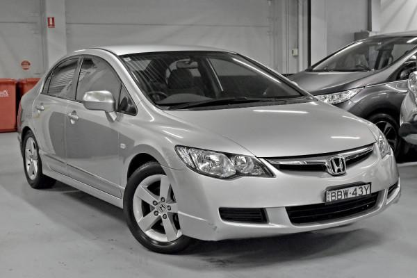 Honda Civic VTi-L 8th Gen