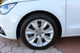 2011 Audi A1 8X MY11 Ambition Hatchback Image 3