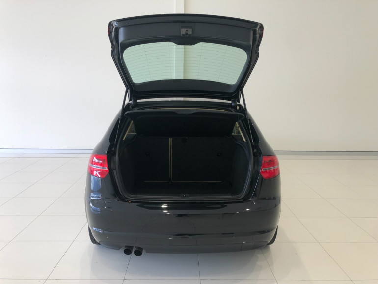 2010 Audi A3 8P Turbo TFSI Hatchback Image 6
