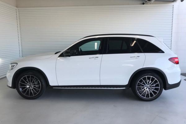 2019 Mercedes-Benz C-class GLC250D Wagon Image 3