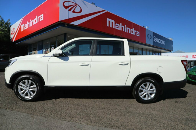 2019 SsangYong Musso Ultimate 4 of 22