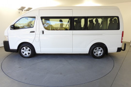 2014 Toyota Hiace KDH223R MY14 Commuter Bus Image 2