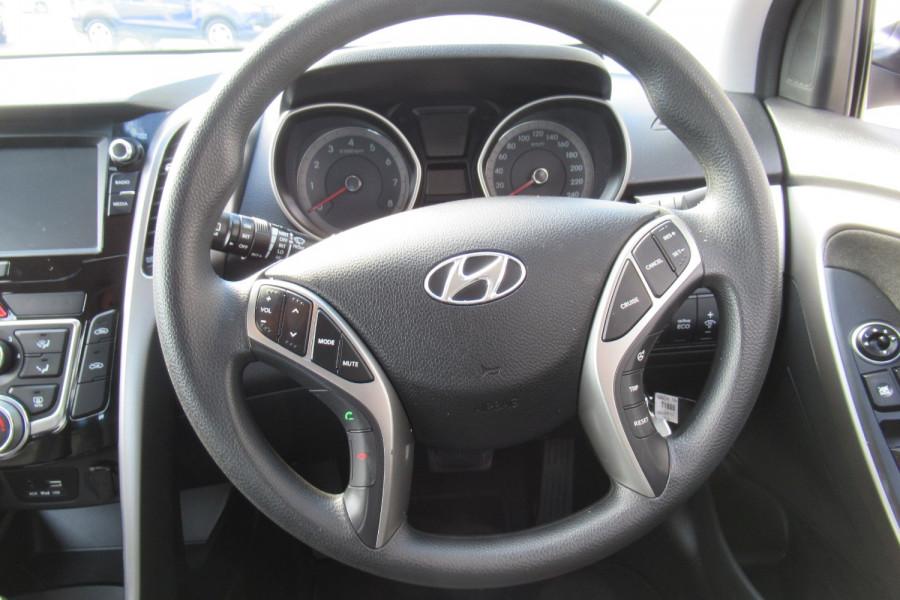 2016 MY17 Hyundai I30 GD4 SERIES II MY17 ACTIVE Hatch Image 10
